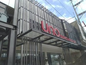 UNO Business Hotel & Cafe